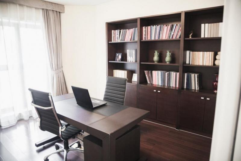 افضل-انواع-اثاث-مكتبي-وكراسي-مكتب-في-مصر